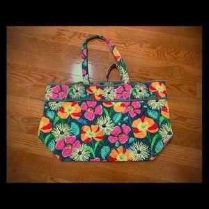 Vera Bradley large shoulder bag